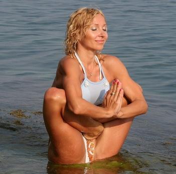 упражнения для подтяжки кожи в 30-45 лет