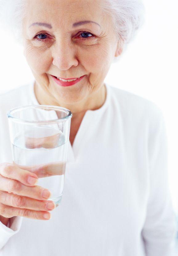 Употребление воды в 60 лет