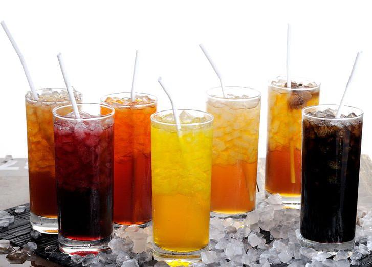 Газированные напитки - причина накопления лишней жидкости