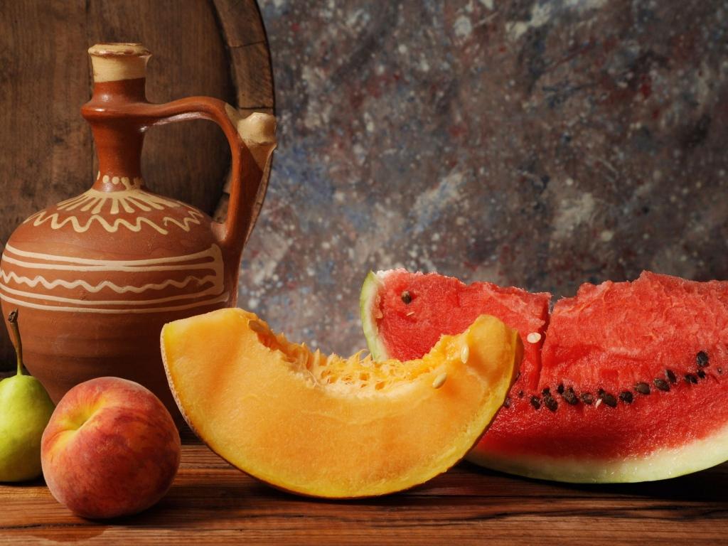 Дыня, арбуз и груша