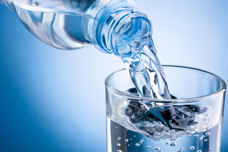 Употребление жидкости при повышенной мочевой кислоте в крови