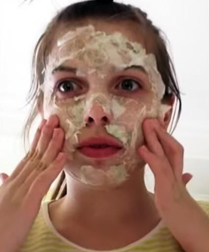 маска-пленка на лице
