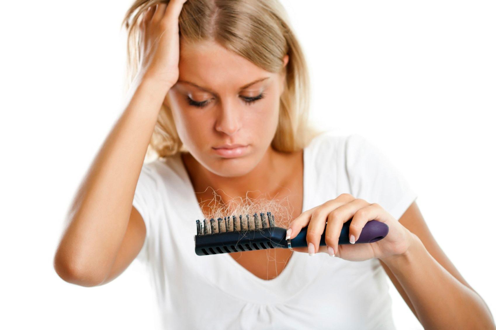 Выпадение волос при грудном вскармливании: причины, как бороться