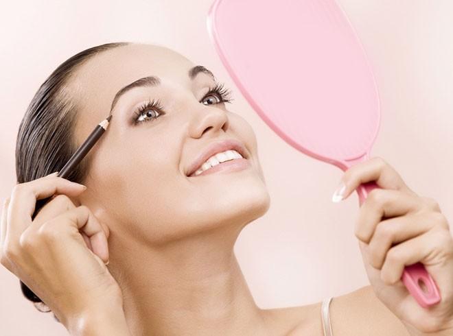 как сделать макияж для маленьких глаз
