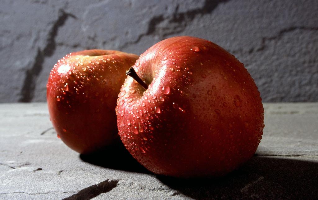 Два яблока на обед