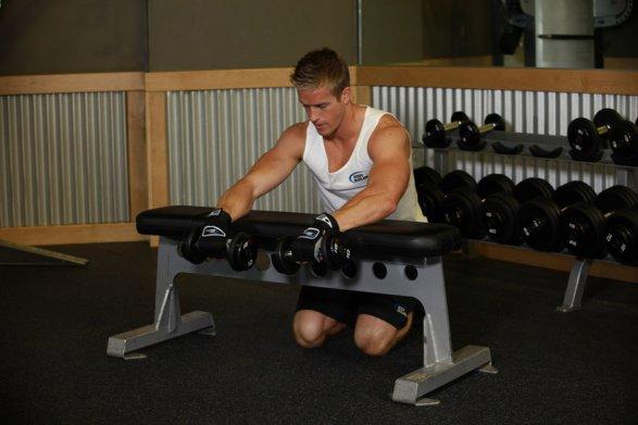 упражнения на предплечья с гантелями