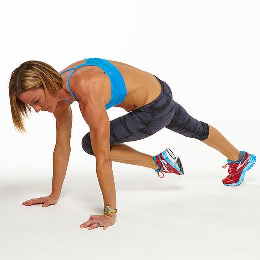Подтягивание колена к плечу