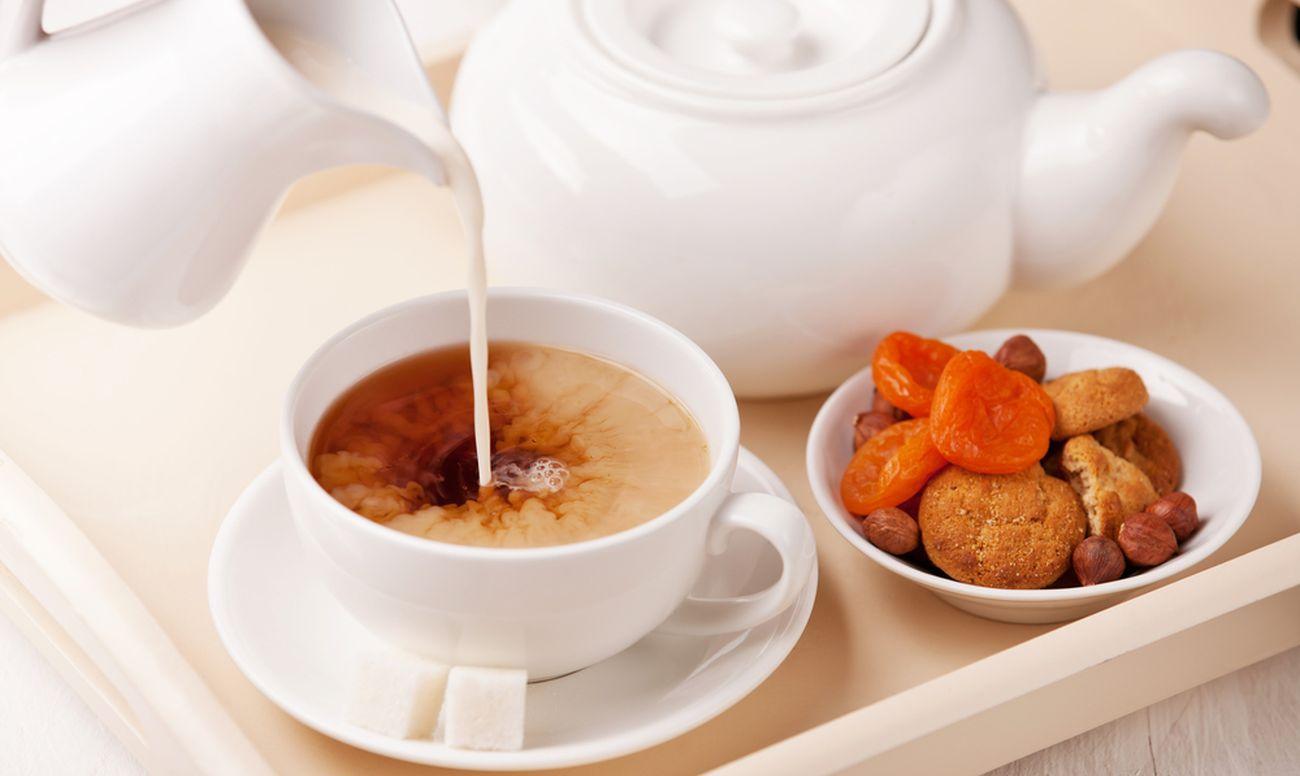 Напиток из молока и чайной заварки