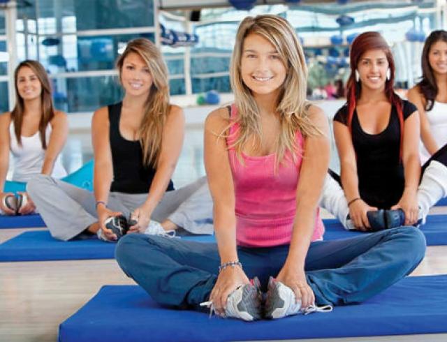 Какие упражнения можно делать во время месячных